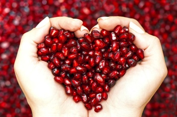 pomegranate-the-superfruit-500w